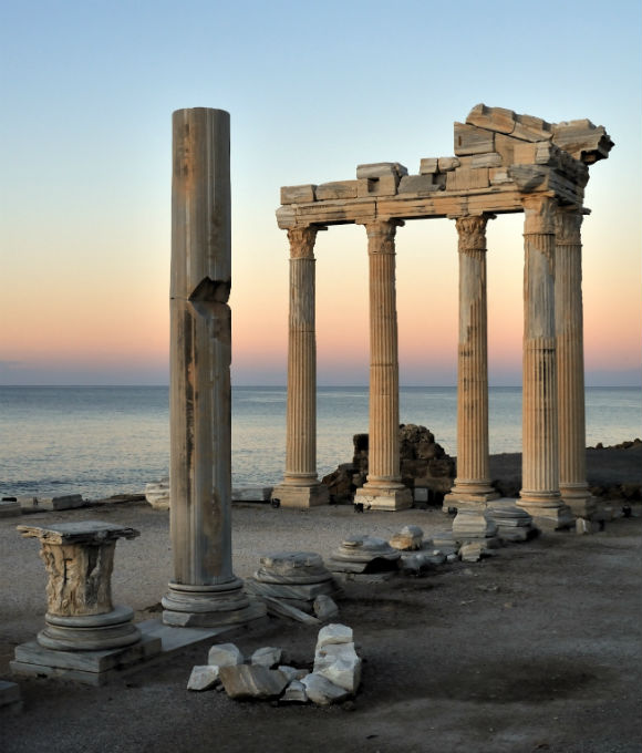 The Temple of Apollo is located at the end of Side's peninsula.