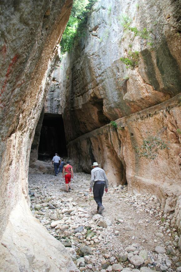 titus-tunnel-3